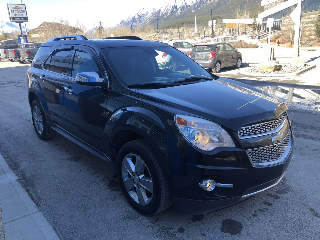 Black[Black] 2012 Chevrolet Equinox Right Front Corner Photo in Canmore AB