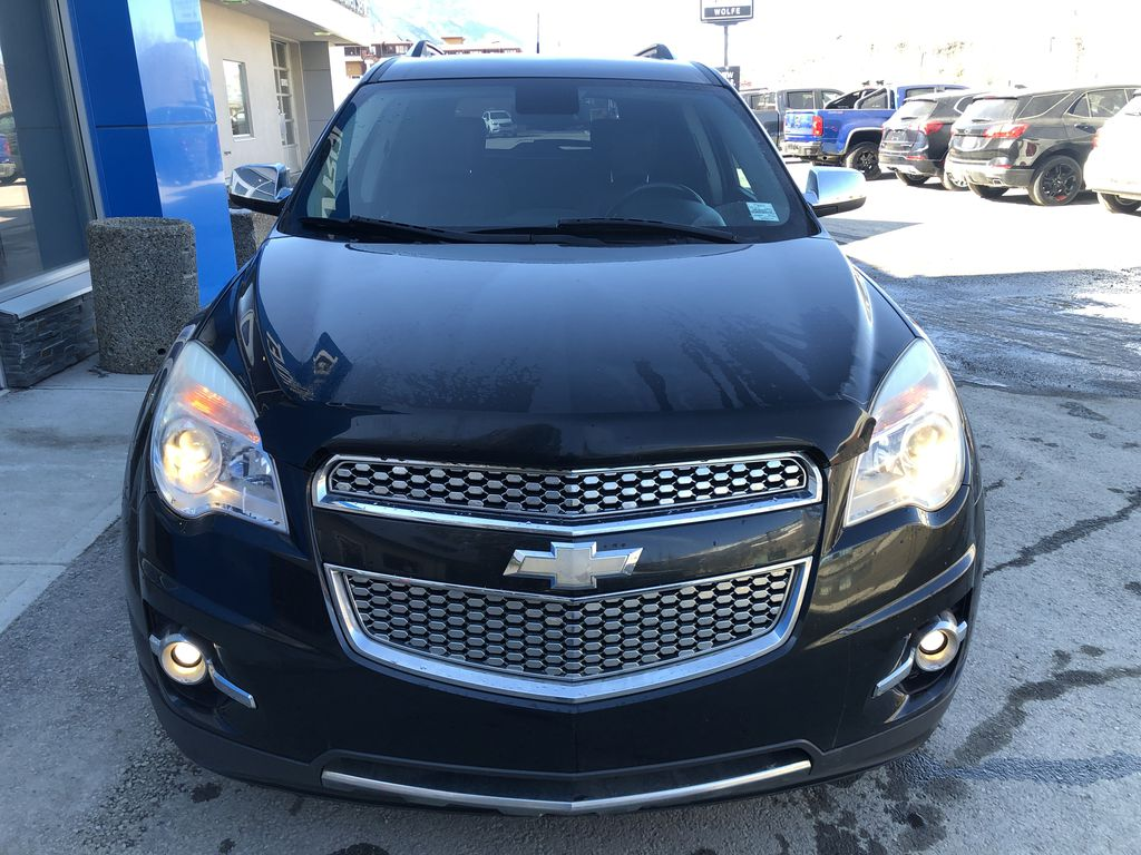 Black[Black] 2012 Chevrolet Equinox Front Vehicle Photo in Canmore AB