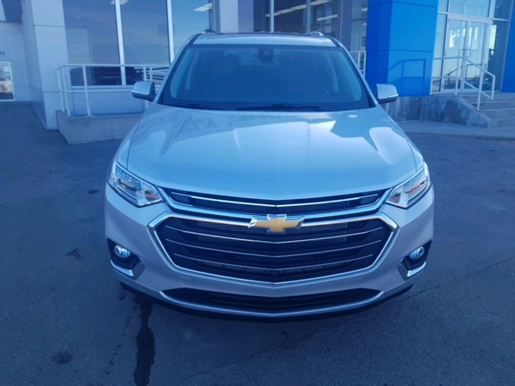 Silver 2021 Chevrolet Traverse Left Front Corner Photo in Barrhead AB