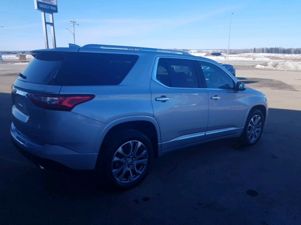 Silver 2021 Chevrolet Traverse Left Front Interior Door Panel Photo in Barrhead AB