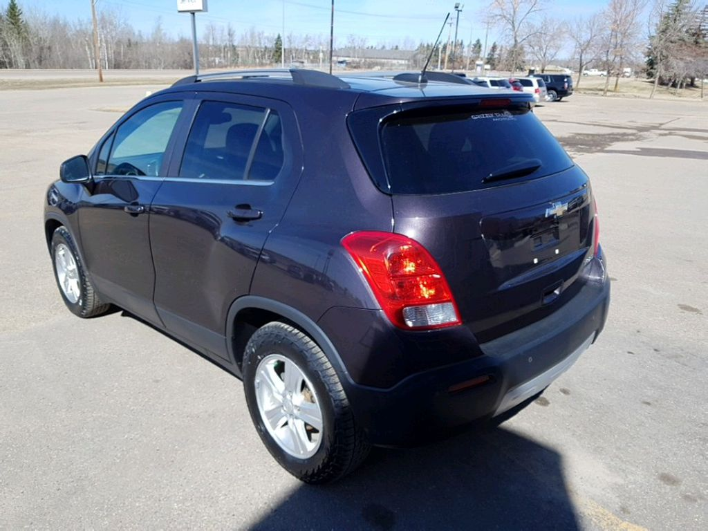 Purple 2015 Chevrolet Trax Left Front Interior Photo in Barrhead AB