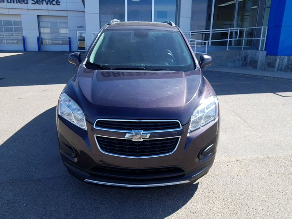 Purple 2015 Chevrolet Trax Left Front Corner Photo in Barrhead AB