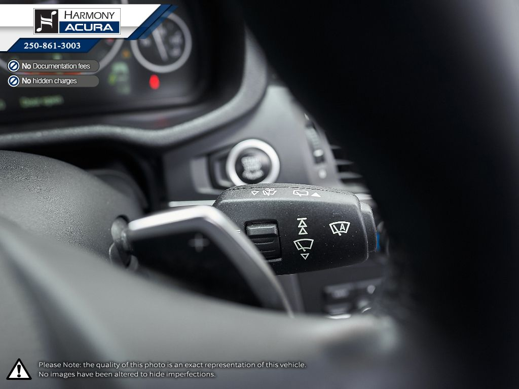 Silver - Mineral Silver Metallic 2011 BMW X3 Central Dash Options Photo in Kelowna BC