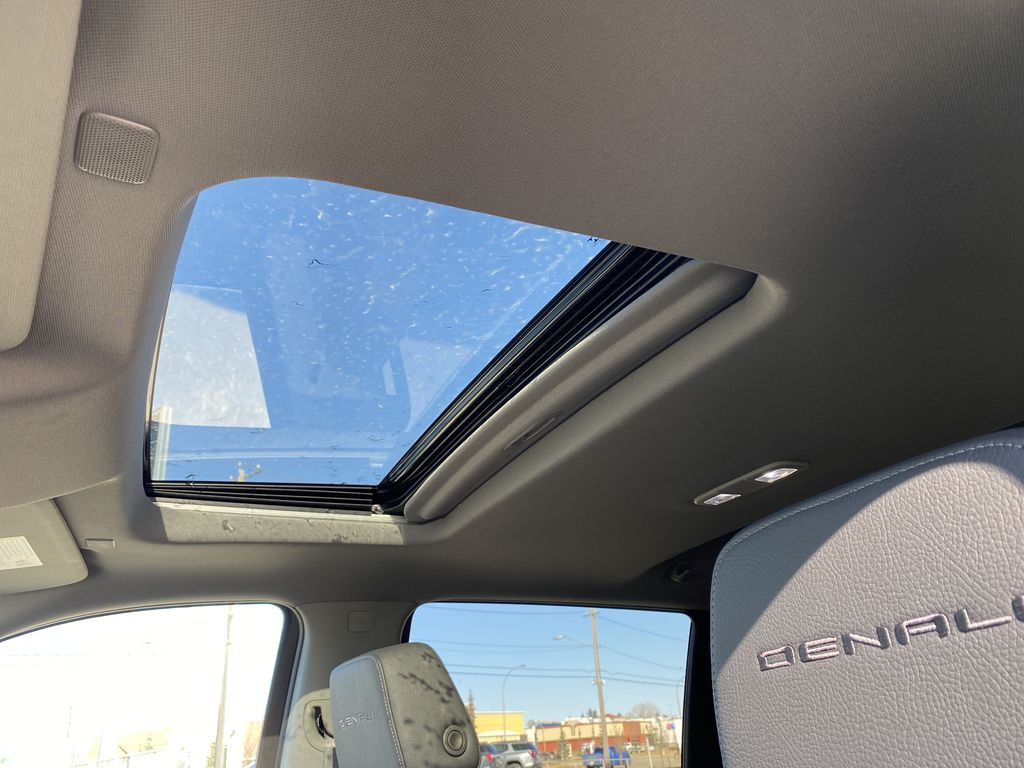 Green[Hunter Metallic] 2021 GMC Sierra 1500 Sunroof Photo in Edmonton AB