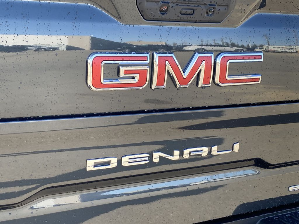 Green[Hunter Metallic] 2021 GMC Sierra 1500 Trim Specific Photo in Edmonton AB