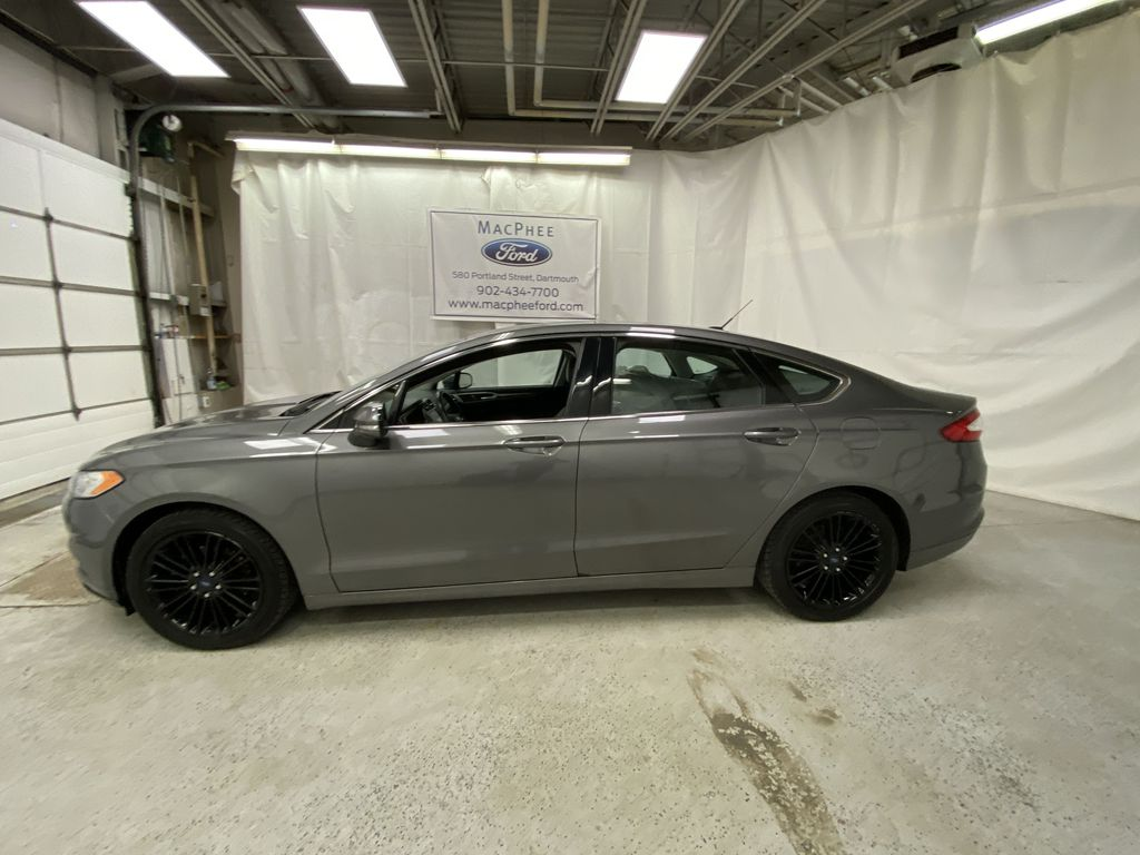 MAGNETIC 2014 Ford Fusion Left Side Photo in Dartmouth NS