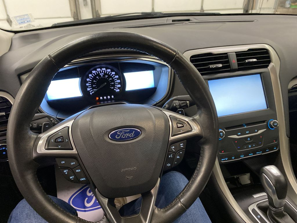 MAGNETIC 2014 Ford Fusion Steering Wheel and Dash Photo in Dartmouth NS