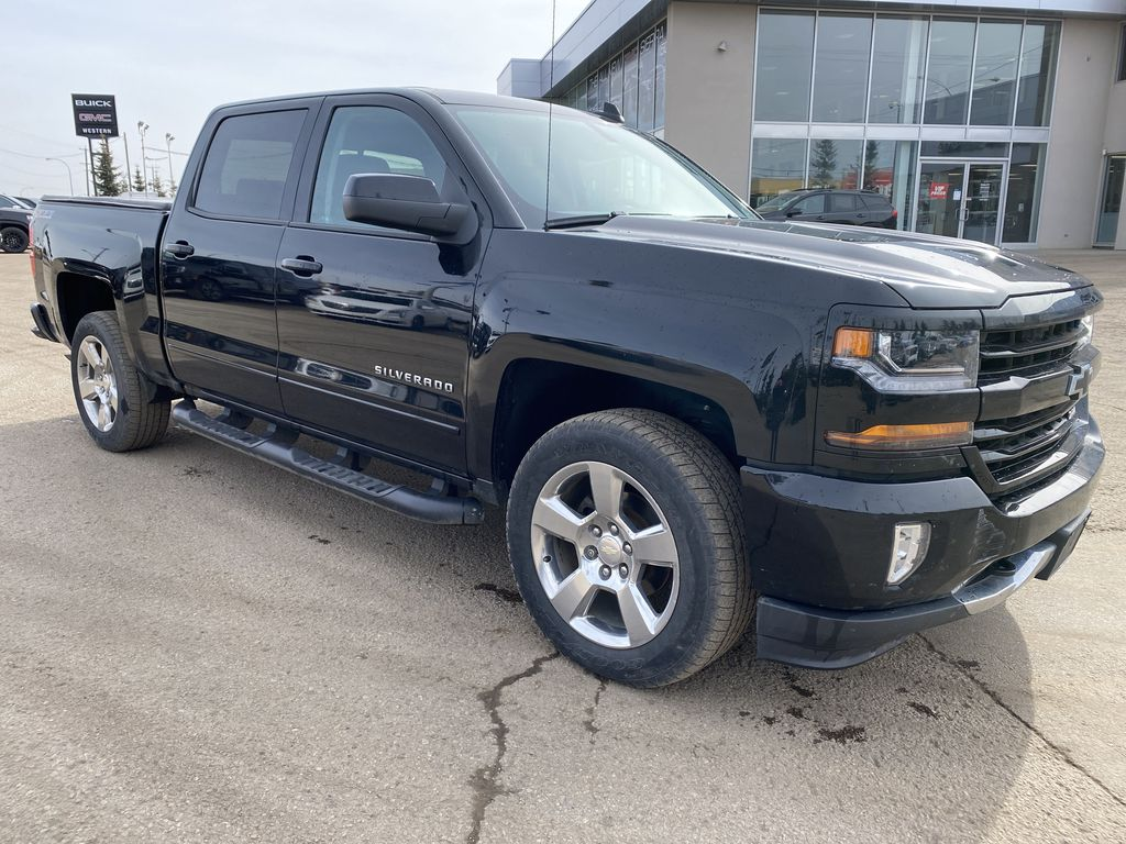 Black[Black] 2017 Chevrolet Silverado 1500 Right Side Photo in Edmonton AB