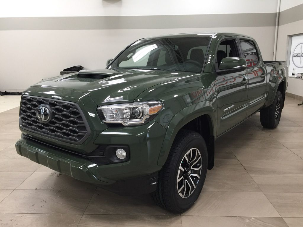 Green[Army Green] 2021 Toyota Tacoma TRD Sport Premium Left Front Corner Photo in Sherwood Park AB