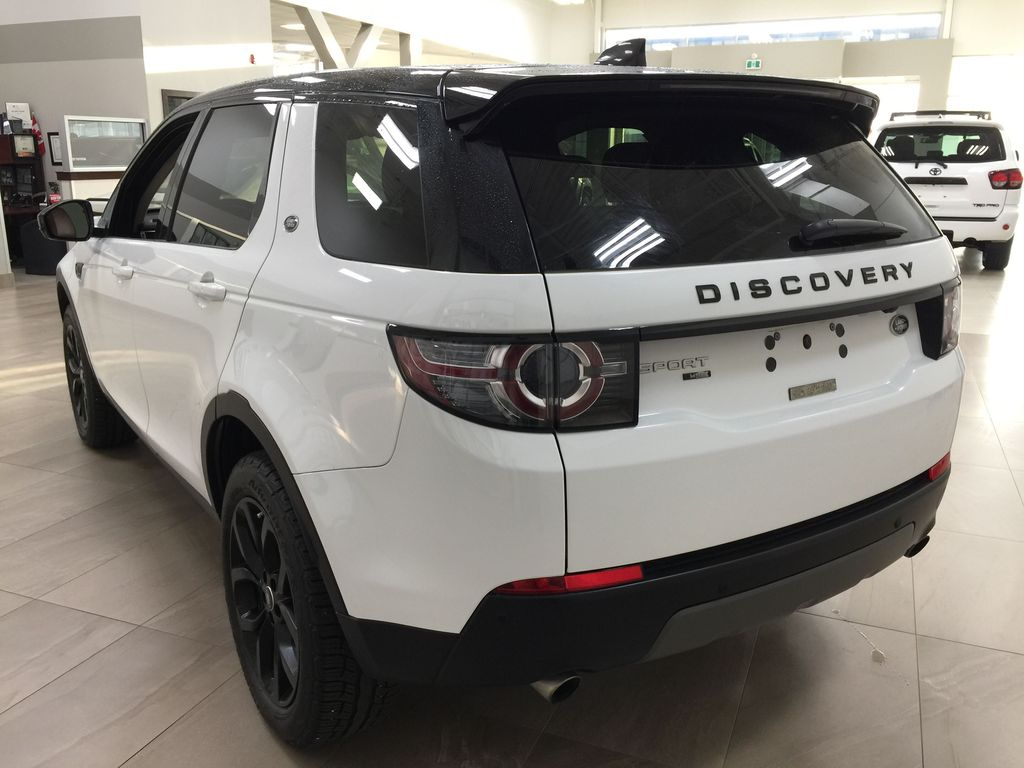 White[Fuji White] 2017 Land Rover Discovery Sport HSE Luxury Left Rear Corner Photo in Sherwood Park AB