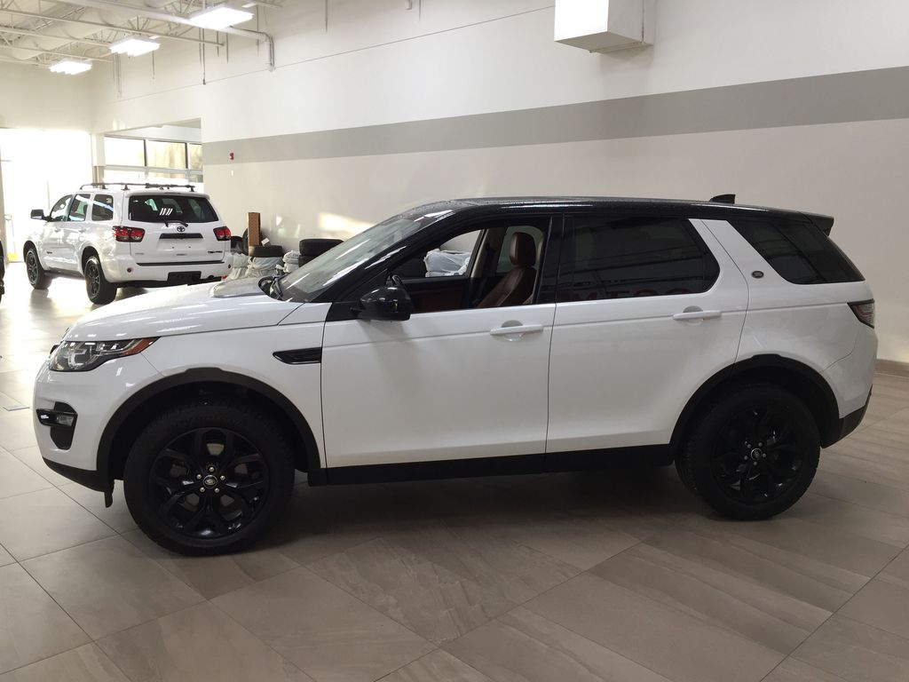 White[Fuji White] 2017 Land Rover Discovery Sport HSE Luxury Left Side Photo in Sherwood Park AB