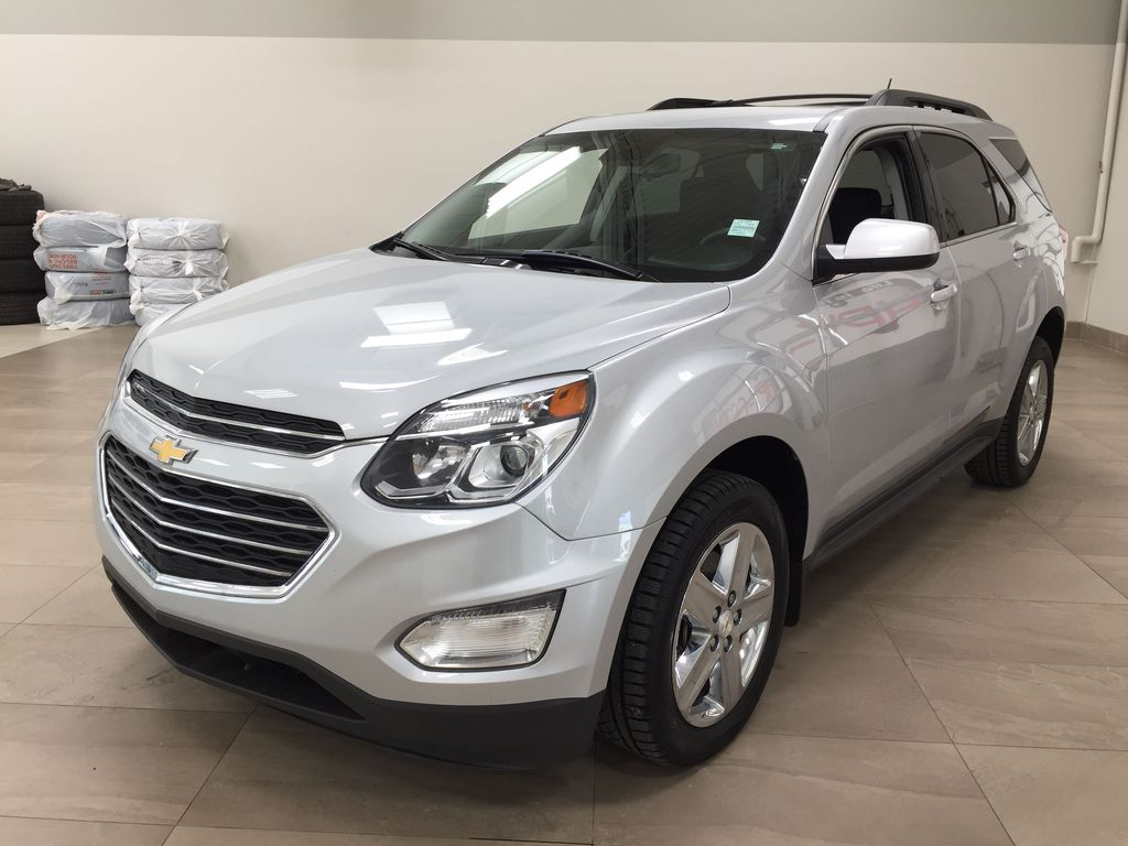 Silver[Silver Ice Metallic] 2016 Chevrolet Equinox LT AWD Left Front Corner Photo in Sherwood Park AB