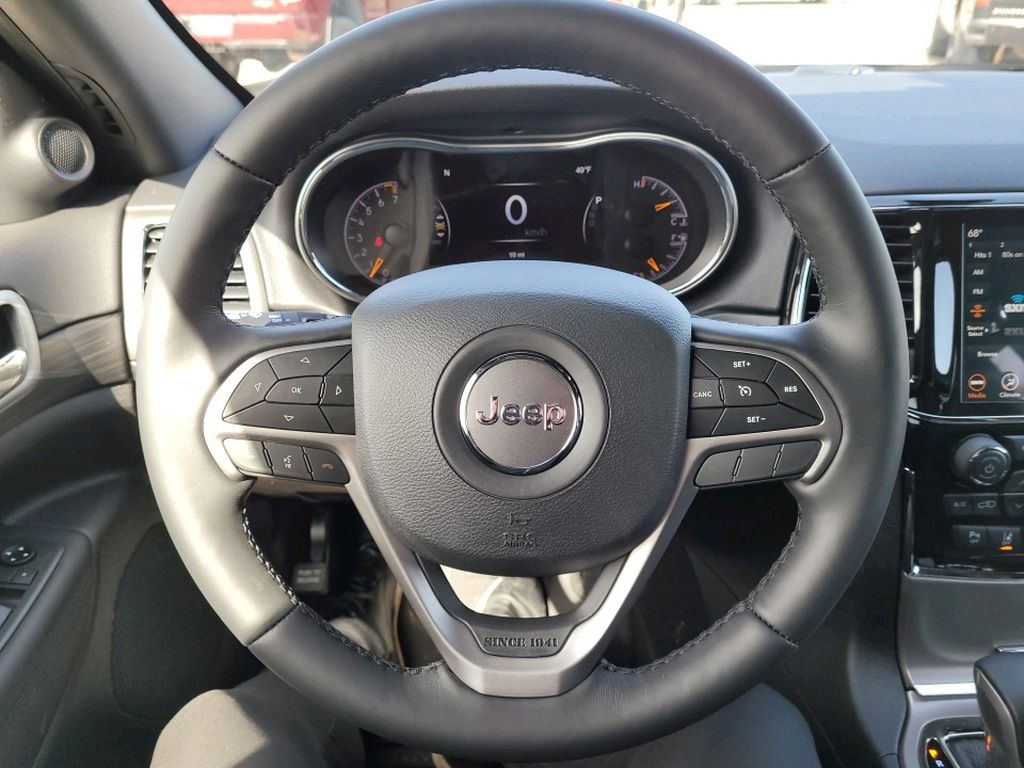 Black 2021 Jeep Grand Cherokee Front Vehicle Photo in Fort Macleod AB