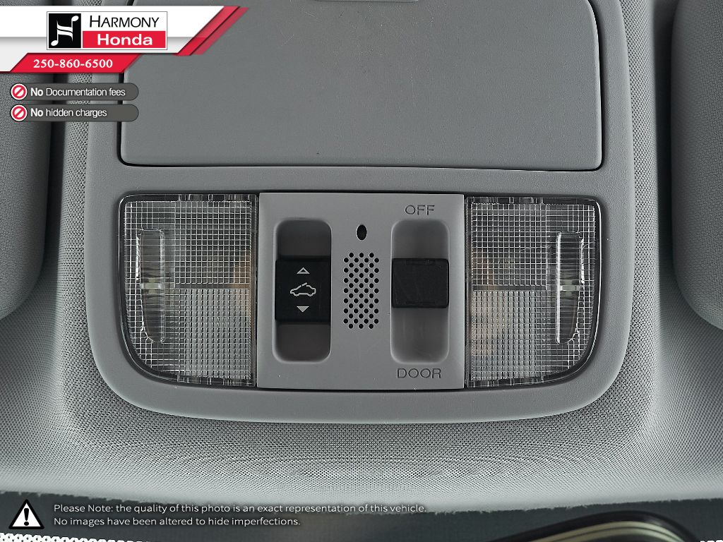 Silver - Alabaster Silver Metallic 2009 Honda CR-V Left Front Seat Photo in Kelowna BC