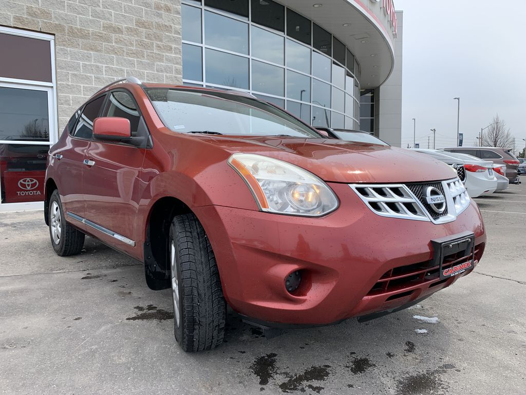 Red[Ignition Red Pearl] 2011 Nissan Rogue Engine Compartment Photo in Brampton ON