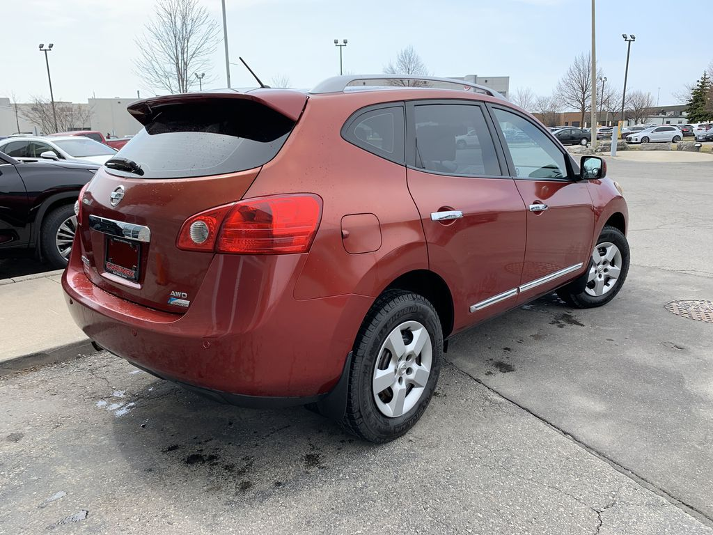 Red[Ignition Red Pearl] 2011 Nissan Rogue Sunroof Photo in Brampton ON