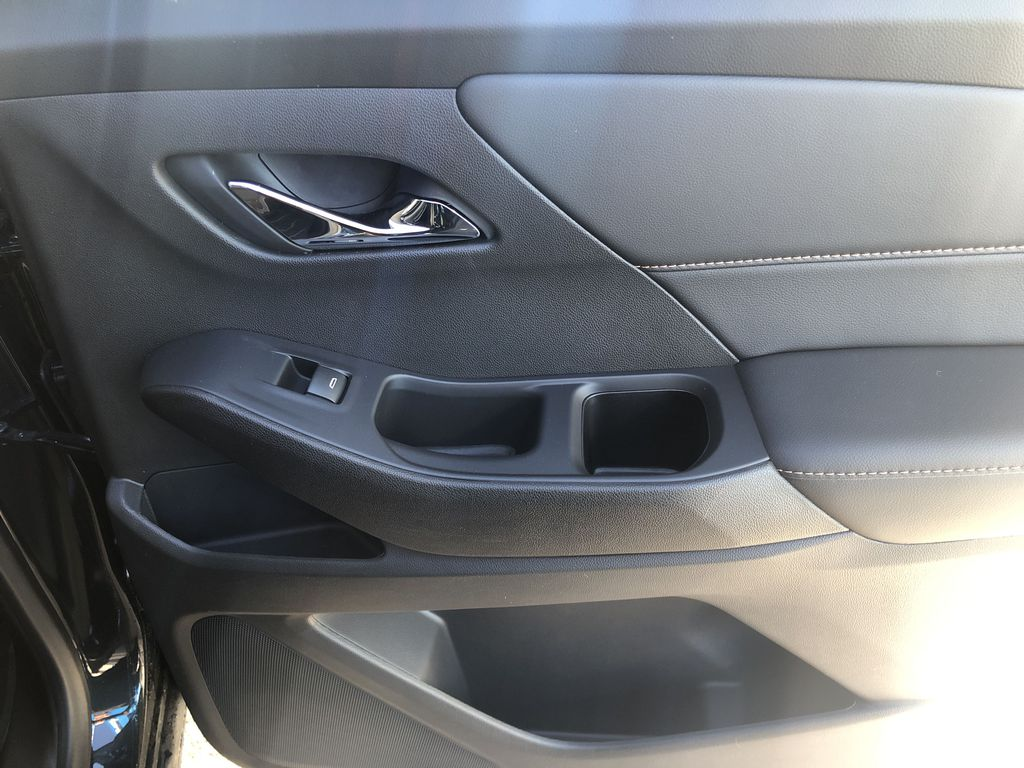 Gray[Graphite Metallic] 2021 Chevrolet Traverse LT Right Rear Interior Door Panel Photo in Canmore AB