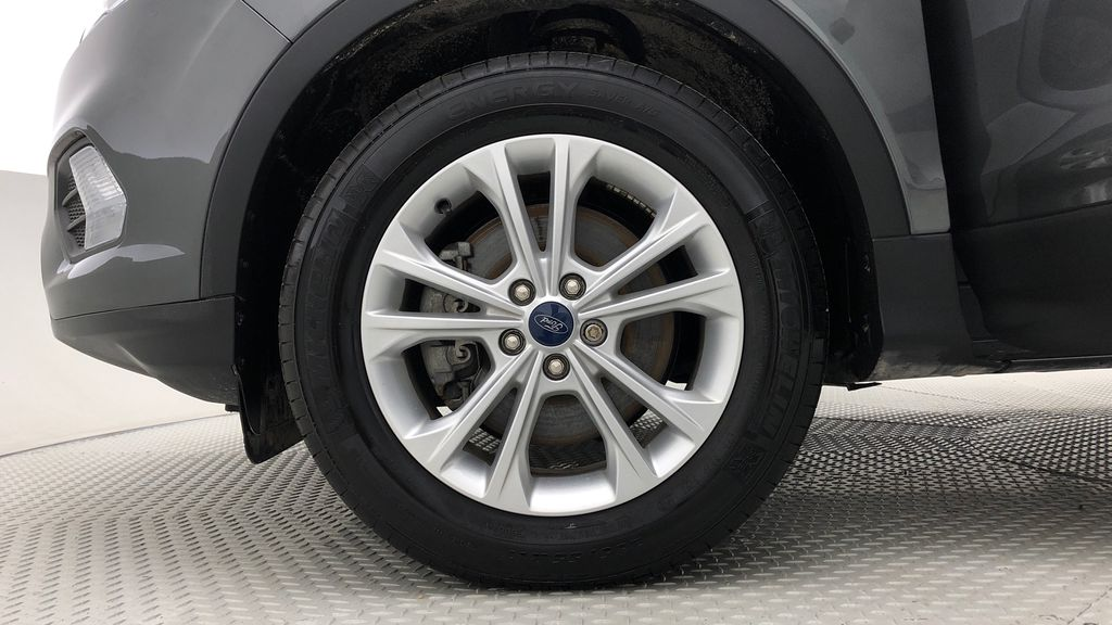 Gray[Magnetic] 2019 Ford Escape SE 4WD - Heated Seats, Backup Camera, MyFord Touch Left Front Rim and Tire Photo in Winnipeg MB