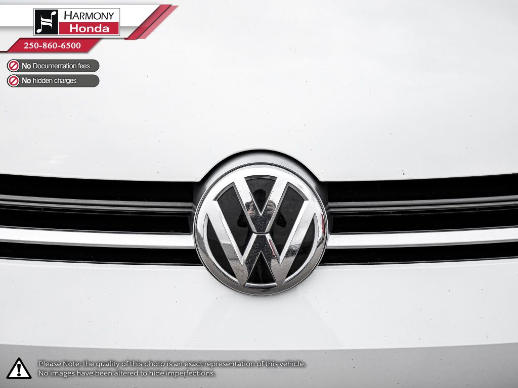 White - Oryx White Pearl 2016 Volkswagen Golf R Rear of Vehicle Photo in Kelowna BC