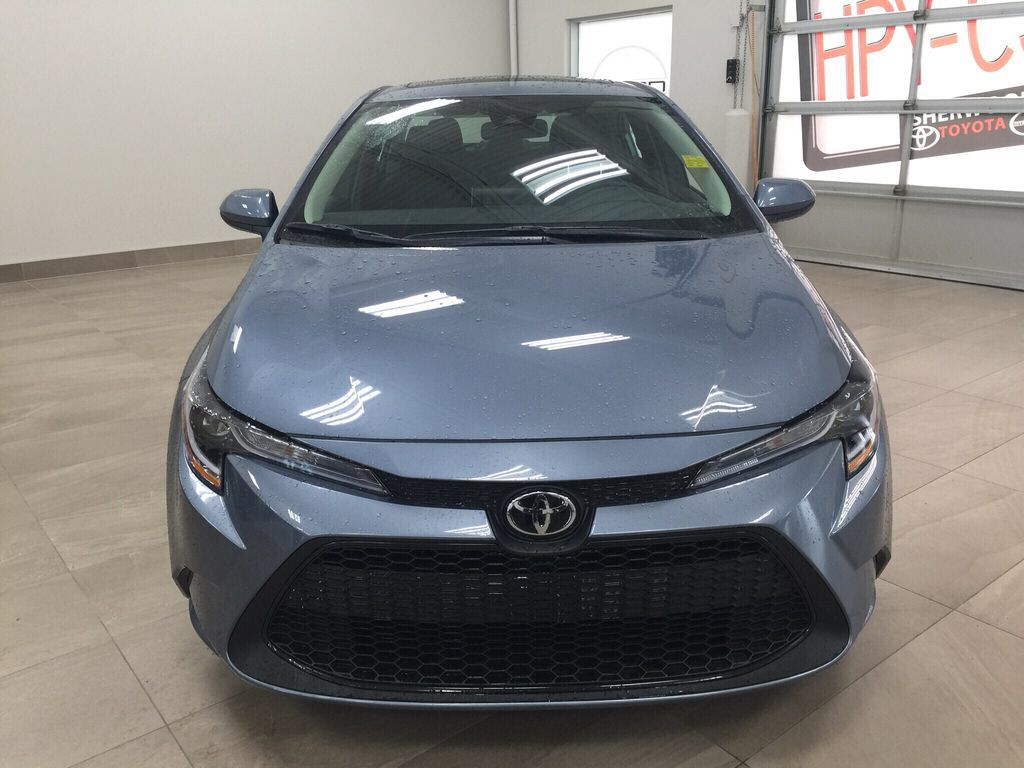 Gray[Celestite] 2021 Toyota Corolla LE Upgrade Front Vehicle Photo in Sherwood Park AB