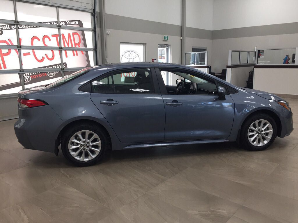 Gray[Celestite] 2021 Toyota Corolla LE Upgrade Right Side Photo in Sherwood Park AB