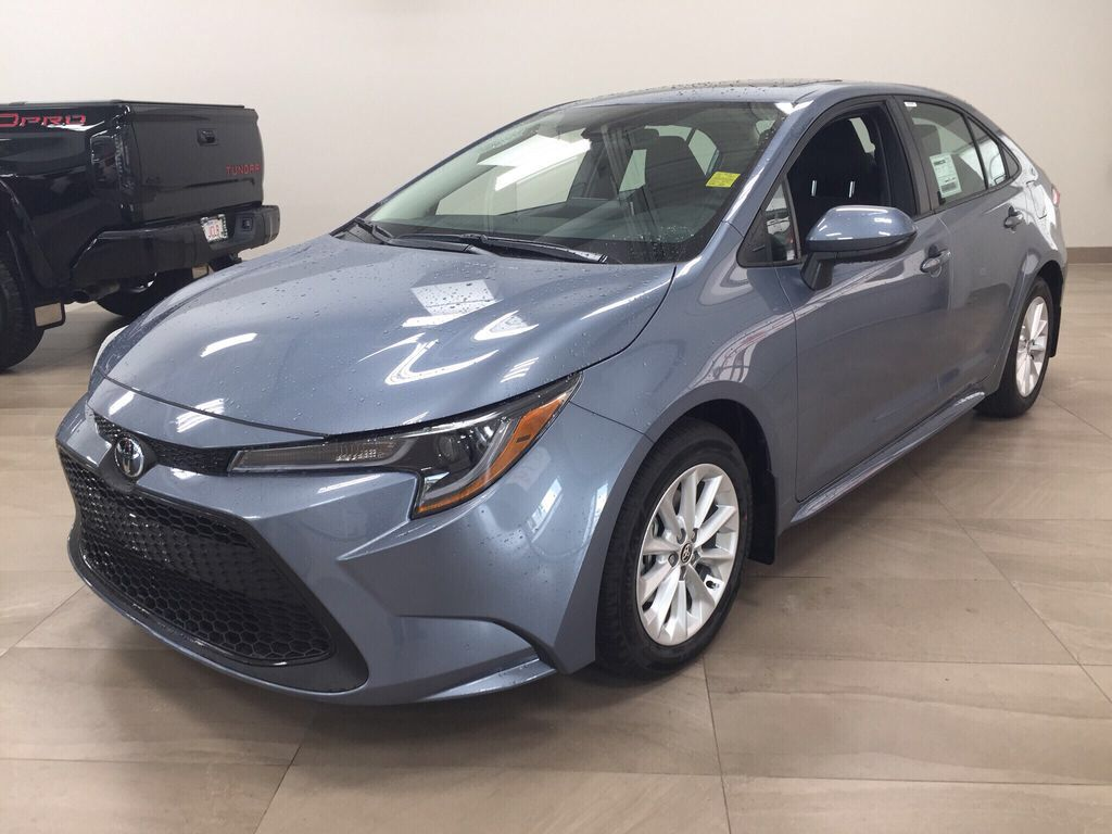 Gray[Celestite] 2021 Toyota Corolla LE Upgrade Left Front Corner Photo in Sherwood Park AB