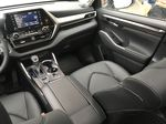 0070 Blizzard Pearl 2021 Toyota Highlander Right Side Front Seat  Photo in Kelowna BC