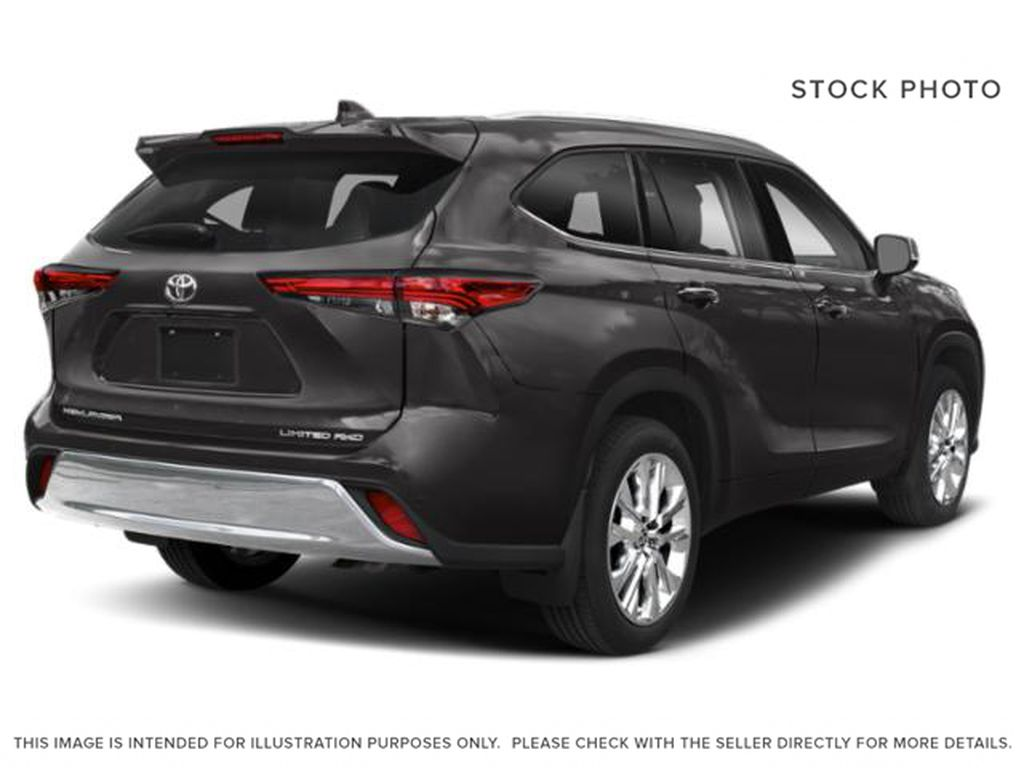 Gray[Magnetic Grey Metallic] 2021 Toyota Highlander Right Rear Corner Photo in Beverly Hills NU