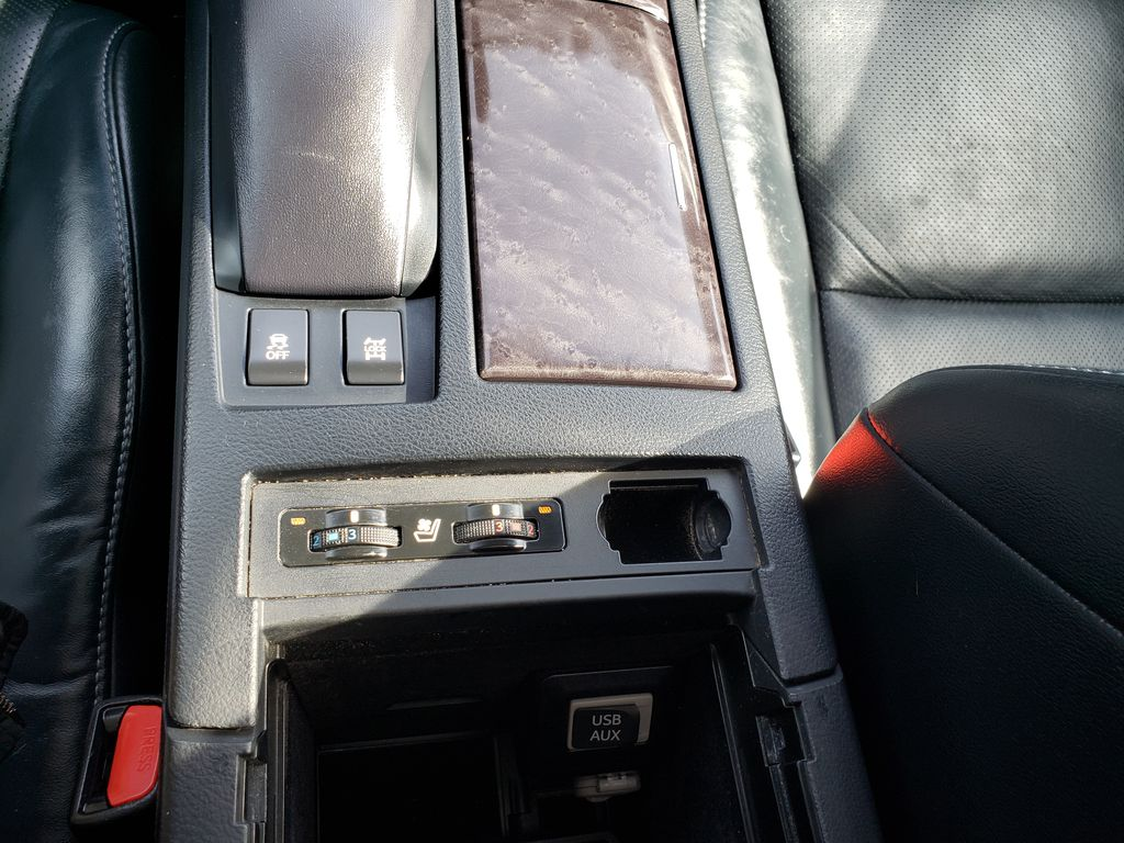 Gray[Nebula Grey Pearl] 2015 Lexus RX 350 Center Console Photo in Kelowna BC