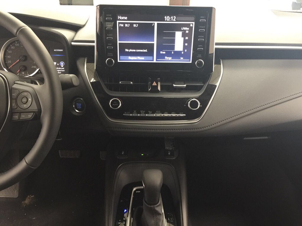 Black[Black Sand Pearl] 2021 Toyota Corolla SE Upgrade Central Dash Options Photo in Sherwood Park AB