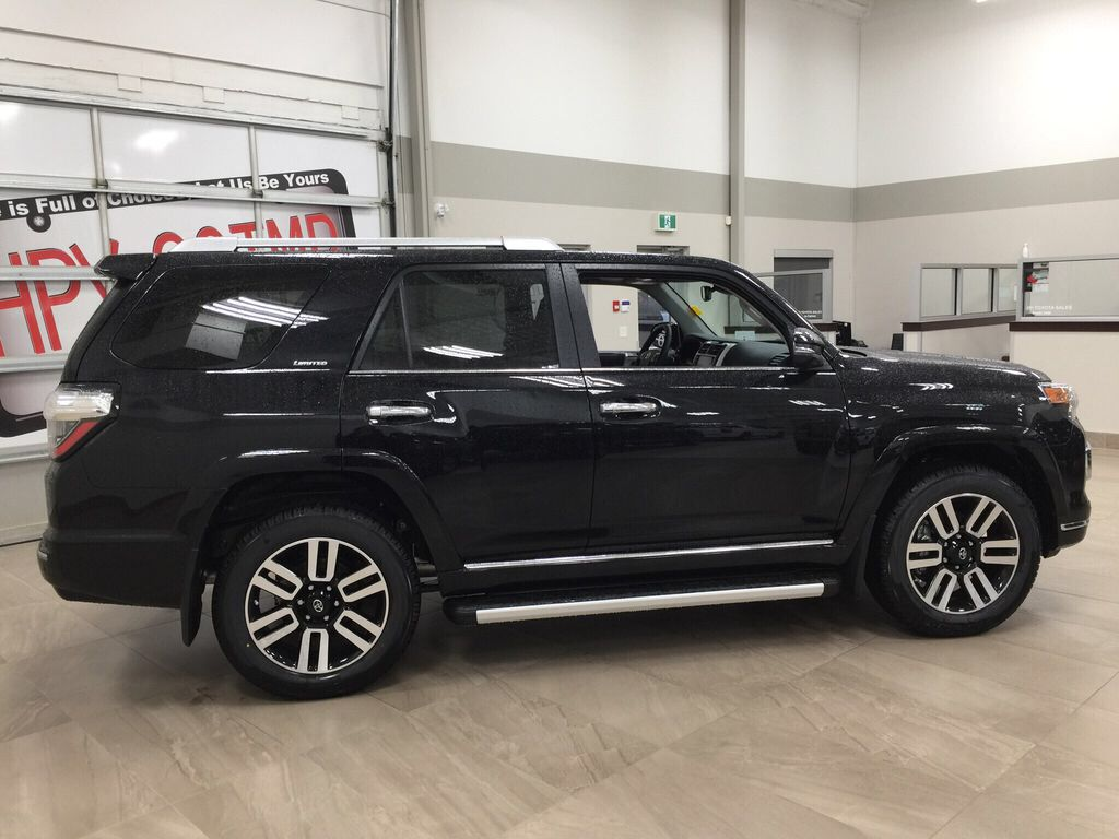 Black[Midnight Black Metallic] 2021 Toyota 4Runner Limited Right Side Photo in Sherwood Park AB