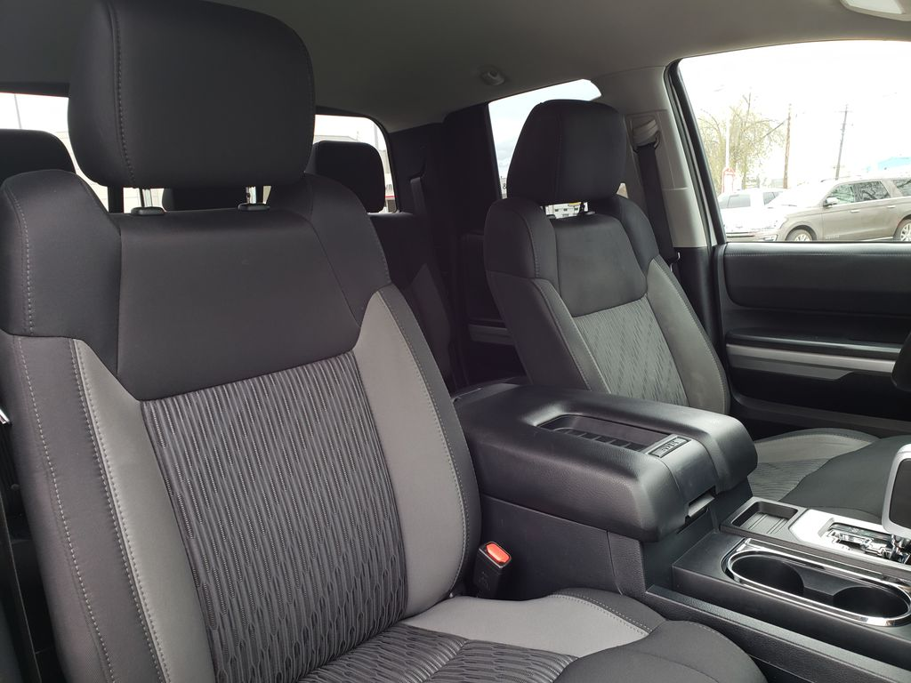 White[Alpine White] 2017 Toyota Tundra Right Side Front Seat  Photo in Kelowna BC