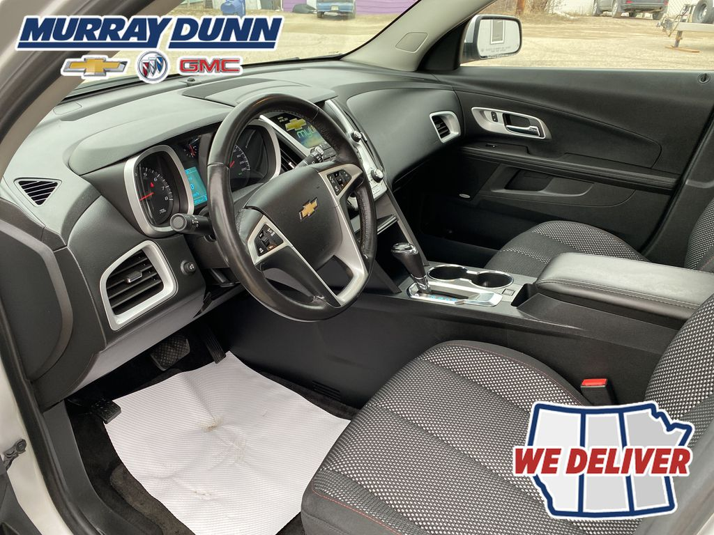 Silver[Silver Ice Metallic] 2016 Chevrolet Equinox LT Left Front Interior Photo in Nipawin SK