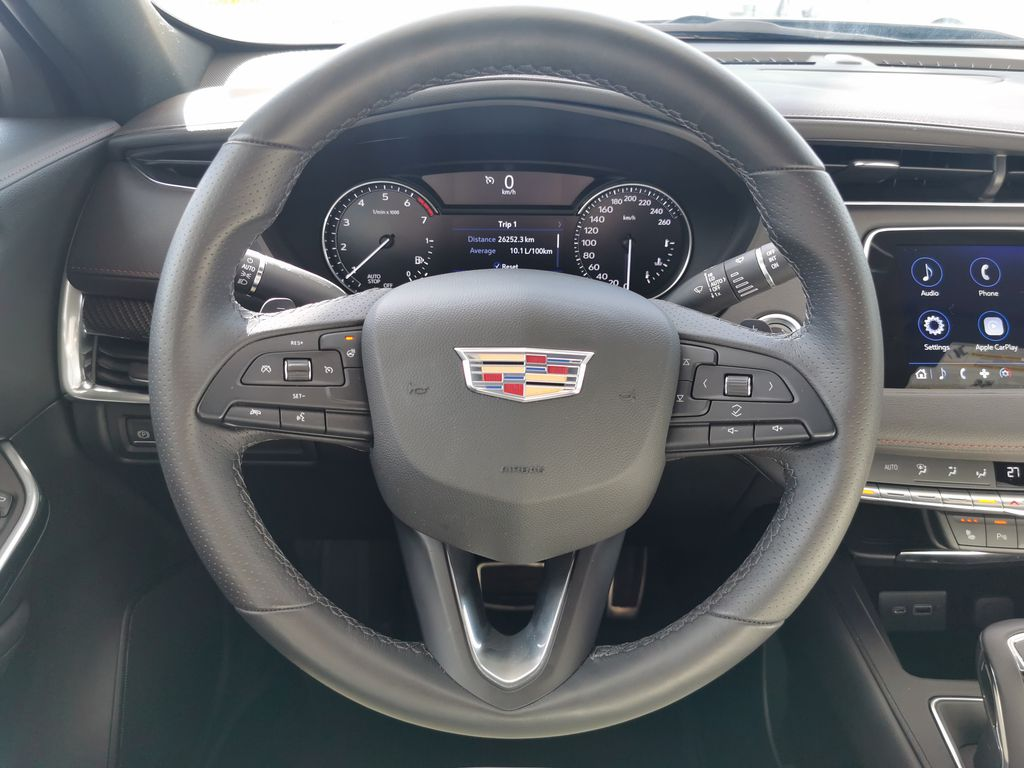 White[Crystal White Tricoat] 2019 Cadillac XT4 Steering Wheel and Dash Photo in Edmonton AB