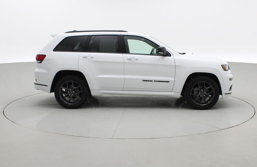 White[Bright White] 2019 Jeep Grand Cherokee Limited X 4WD - Panoramic Roof Right Side Photo in Winnipeg MB
