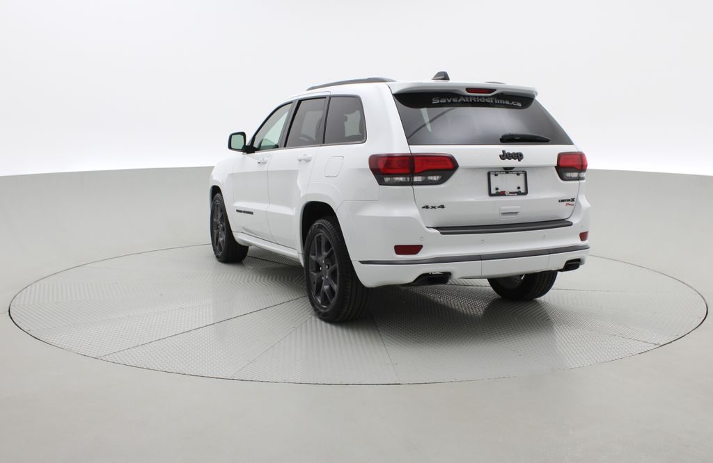White[Bright White] 2019 Jeep Grand Cherokee Limited X 4WD - Panoramic Roof Right  Rear Corner Photo in Winnipeg MB