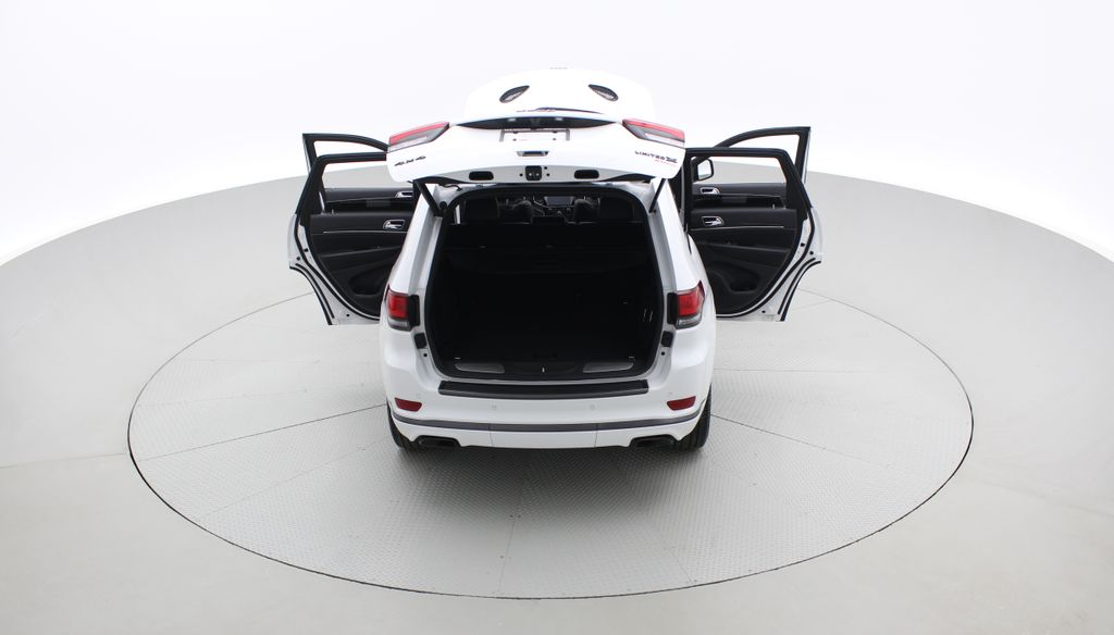White[Bright White] 2019 Jeep Grand Cherokee Limited X 4WD - Panoramic Roof Rear of Vehicle Photo in Winnipeg MB