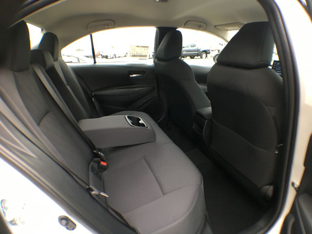 White[Blizzard Pearl] 2021 Toyota Corolla LE Standard Package BPRBLC AM Trunk / Cargo Area Photo in Brampton ON
