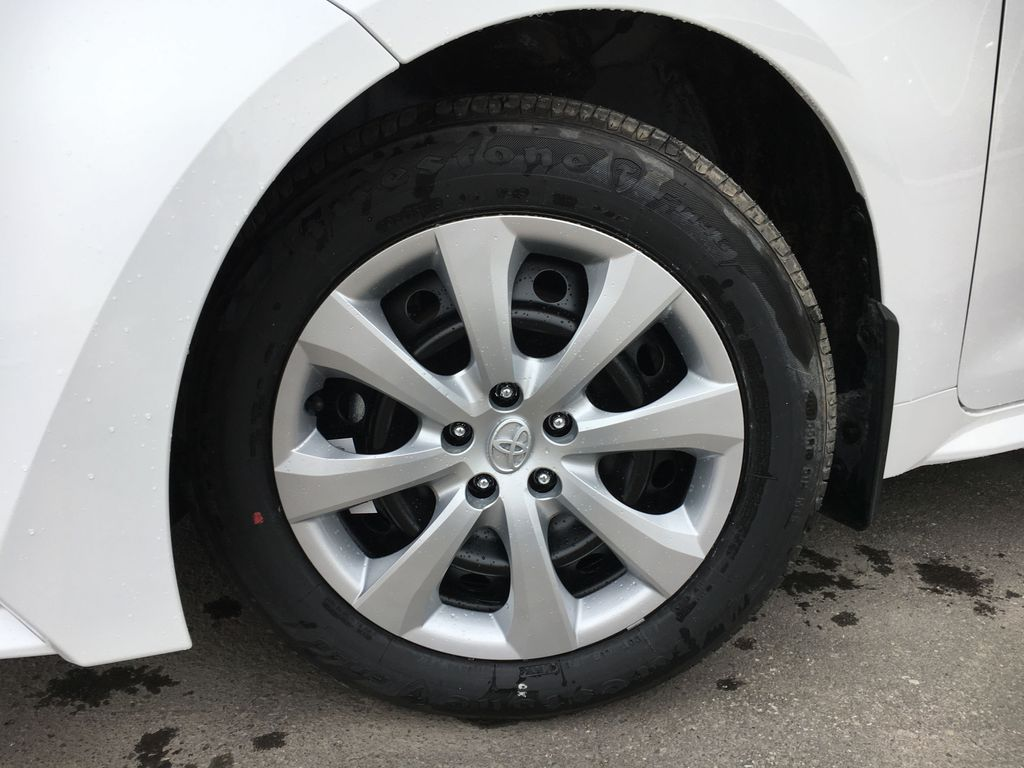 White[Blizzard Pearl] 2021 Toyota Corolla LE Standard Package BPRBLC AM Left Front Corner Photo in Brampton ON