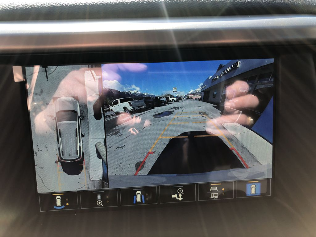 White[White Frost Tricoat] 2021 GMC Acadia Denali Backup Camera Closeup Photo in Canmore AB