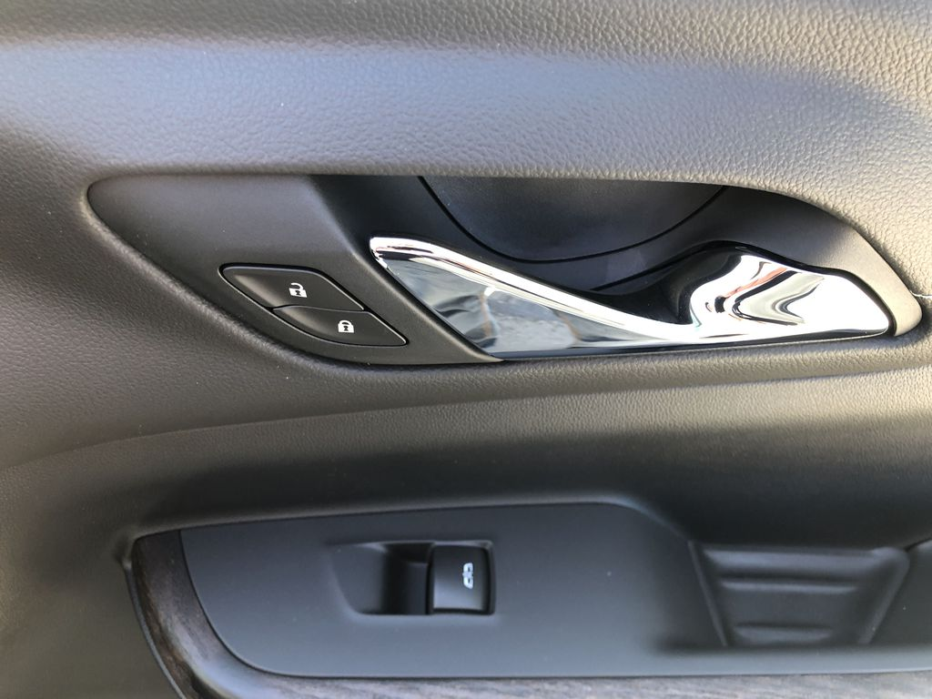 White[White Frost Tricoat] 2021 GMC Acadia Denali Passenger Front Door Controls Photo in Canmore AB