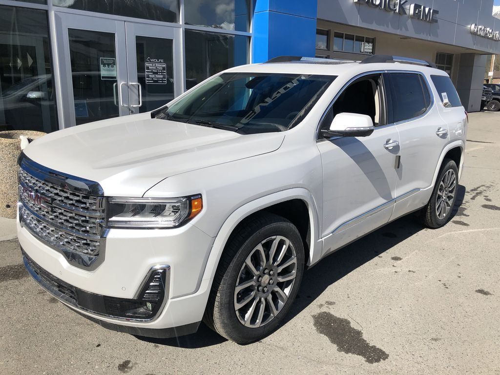 White[White Frost Tricoat] 2021 GMC Acadia Denali Left Front Corner Photo in Canmore AB