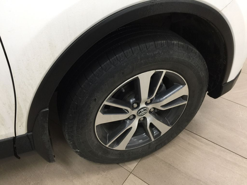 White[Alpine White] 2018 Toyota RAV4 LE AWD Right Front Rim and Tire Photo in Sherwood Park AB