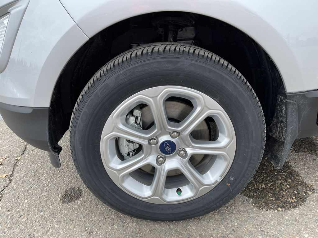 Silver[Moondust Silver Metallic] 2020 Ford EcoSport SE 4WD *Heated Cloth Seats* Backup Cam* Heated Mirrors* Left Front Rim and Tire Photo in Brandon MB