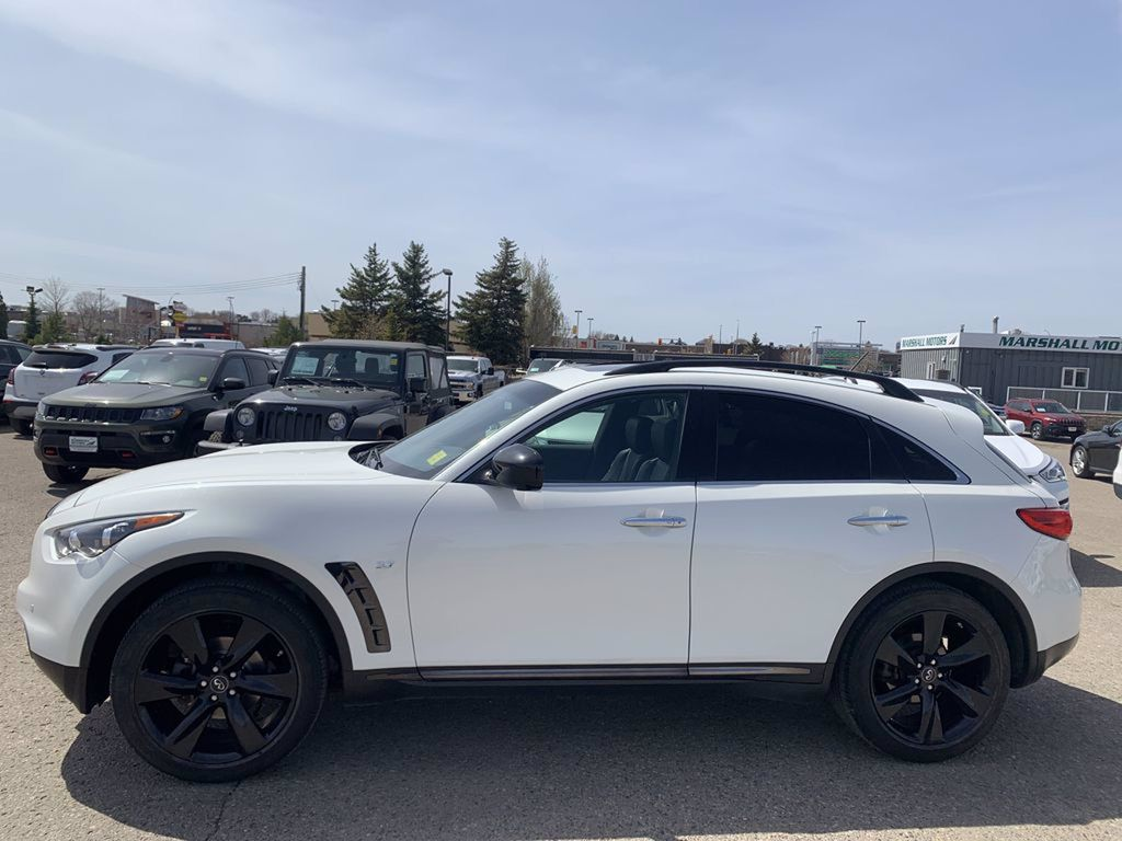 White[Majestic White Pearl] 2017 INFINITI QX70 AWD 4dr *360 Cam* *Sunroof* *Heated Seats* Left Side Photo in Brandon MB