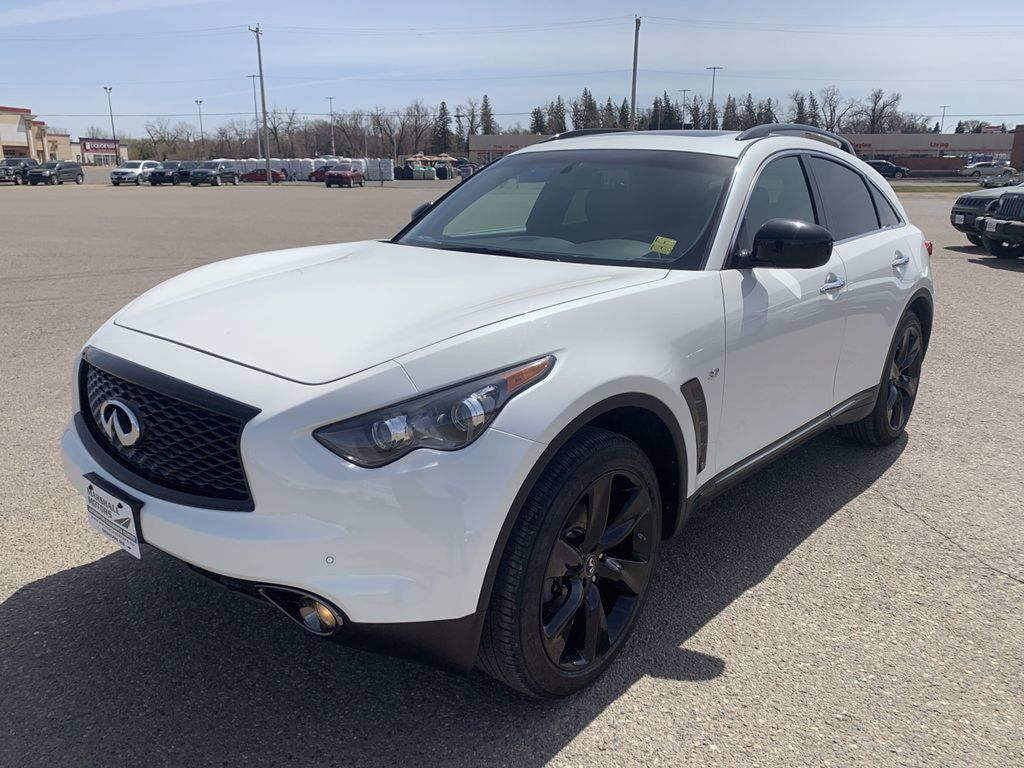 White[Majestic White Pearl] 2017 INFINITI QX70 AWD 4dr *360 Cam* *Sunroof* *Heated Seats* Left Front Head Light / Bumper and Grill in Brandon MB