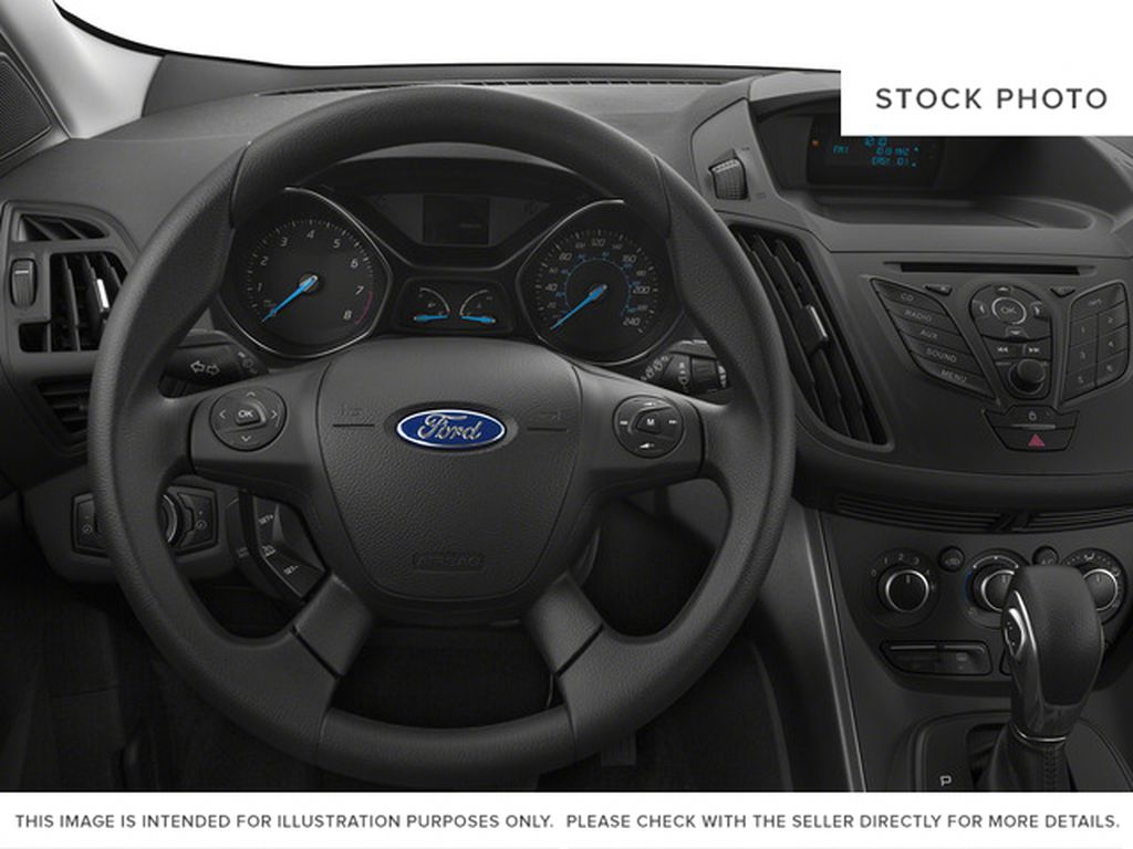 White[Oxford White] 2015 Ford Escape Steering Wheel and Dash Photo in Kelowna BC