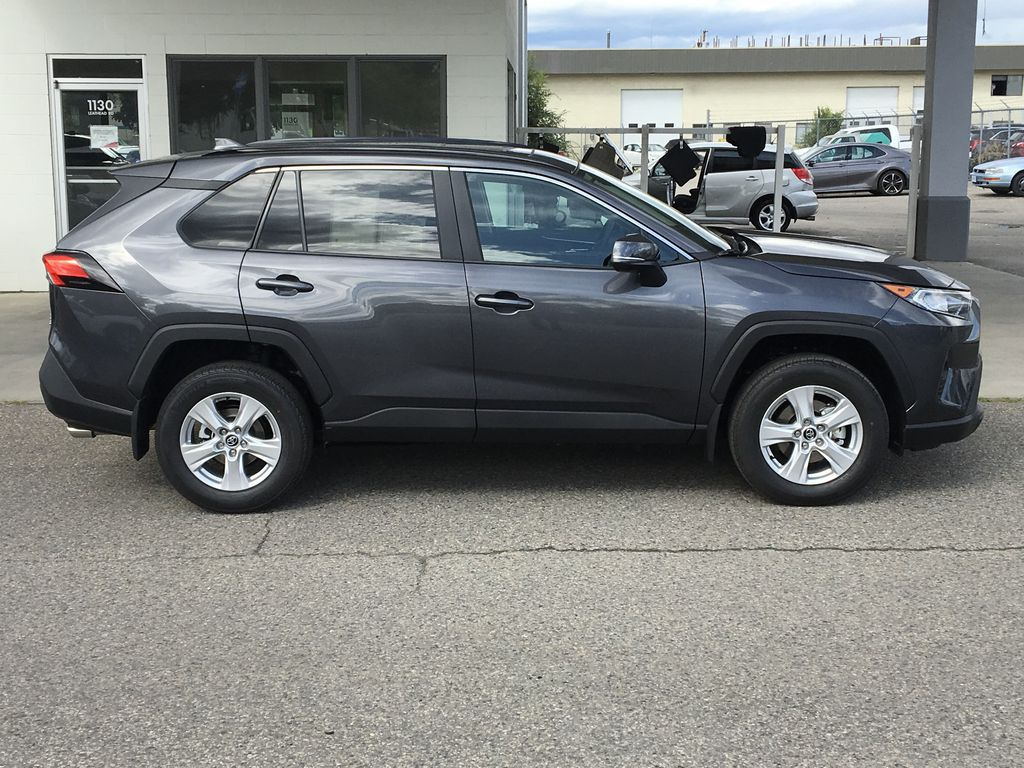 Gray[Magnetic Grey Metallic] 2021 Toyota RAV4 Right Side Photo in Kelowna BC