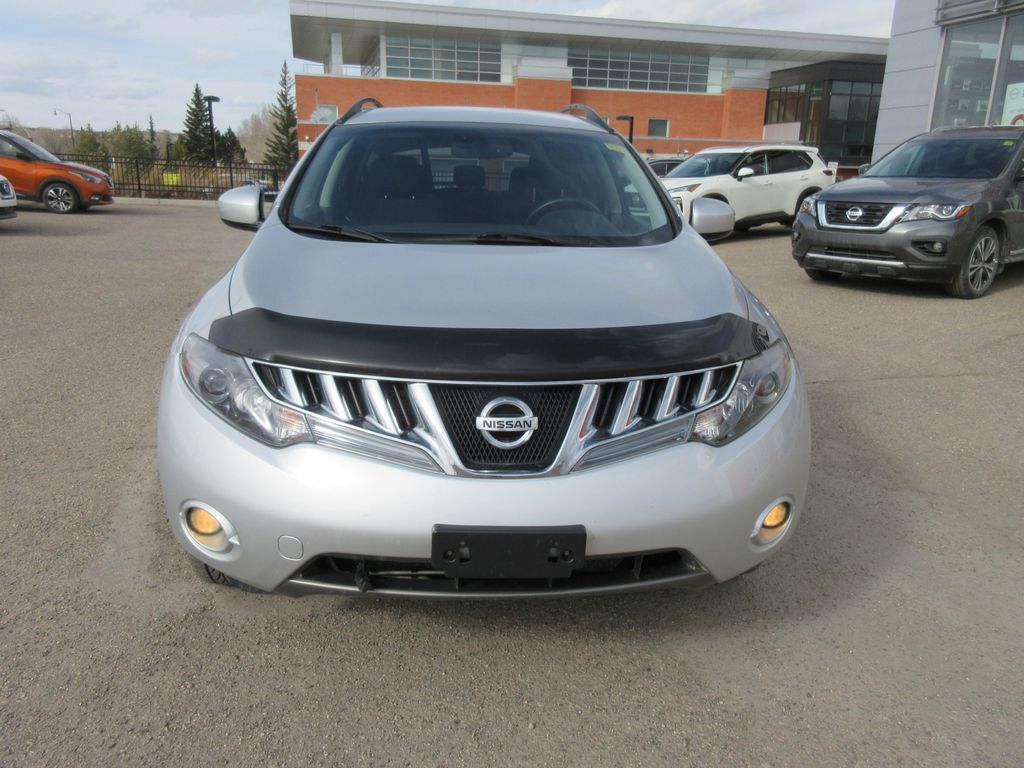 Silver[Airstream Metallic] 2009 Nissan Murano Left Front Rim and Tire Photo in Okotoks AB