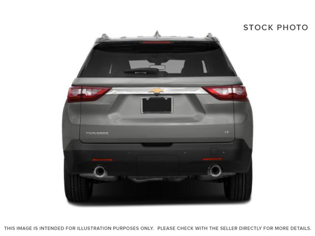 White[Iridescent Pearl Tricoat] 2020 Chevrolet Traverse Rear of Vehicle Photo in Fort Macleod AB